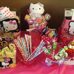 Hello Kitty candy table :)