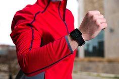 Garmin Vivoactive GPS Smart Watch with Sports Apps – Black