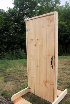 how to build a freestanding door for stage Theatre Props, Stage Props, Theatre Stage, Stage Set Design, Theatre Design, Wooden Door Design, Wooden Doors, Fiddler On The Roof, The Nativity Story