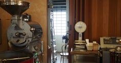 A local, traditional Turin roaster dedicated to coffee craftmanship and freshness. Espresso Bar, Cool Cafe, Turin, Espresso Machine, Coffee Maker, Espresso Coffee Machine, Coffee Maker Machine, Coffeemaker