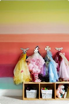Dress up area with rainbow wall. Dress Up Corner, Dress Up Area, Rainbow Room, Rainbow Wall, Hm Deco, Playroom Design, Playroom Paint, Playroom Ideas, Hand Painted Walls