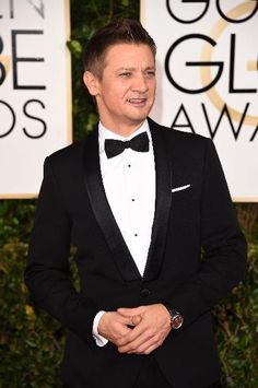 Jeremy Renner wears a Master Ultra Thin timepiece by Jaeger-LeCoultre on the red carpet.