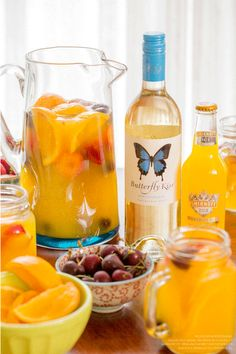 This Smirnoff Ice Screwdriver Sangria just takes 2 cups Smirnoff Ice Original and 2 cups Butterfly Kiss Pinot Grigio. Stir in a large pitcher and throw in fresh oranges, cherries, and strawberries to soak to make 6 servings.