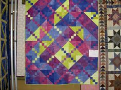 A quilt I made using my color wheel and the split complimentary color scheme.