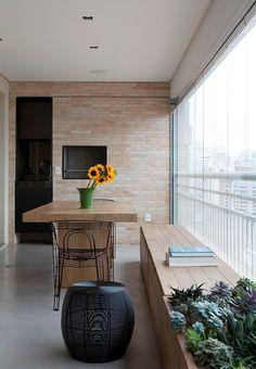 Nice 88 Perfect Mini Bar Design Ideas On Balcony. Interior Balcony, Balcony Furniture, Outdoor Furniture Sets, Mini Bars, Apartment Balconies, Cool Apartments, Diy Kitchen Decor, Home Decor, Patio Curtains