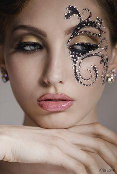 makeup inspiration for masquerade art piece Maquillage Halloween, Halloween Face Makeup, Makeup Art, Beauty Makeup, Dance Makeup, Beauty Tips, Masquerade Makeup, Masquerade Ball, Rhinestone Makeup