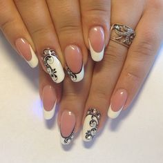 Fashion nails and pictures ideas nail design, new nail art home manicure. Beautiful Nail Art, Gorgeous Nails, Pretty Nails, Lace Nails, Flower Nails, Bridal Nails, Wedding Nails, Nagellack Trends, Creative Nails