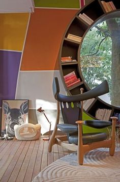 Chifruda chair by young-at-heart Sergio Rodrigues, Brazilian modernist furniture designer who is in in 80s.