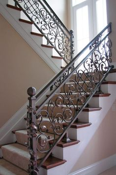 Wrought Iron Stairs Railing Scroll 45 New Ideas Staircase Railing Design, Wrought Iron Staircase, Wrought Iron Stair Railing, Balcony Railing Design, House Staircase, Wrought Iron Decor, Metal Stairs, Stair Handrail, Iron Balcony