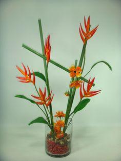 Inspiracion oriental para estas hermosas heliconias