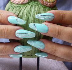 Just Nails # nagellak # gelnagels # nagelontwerp # nagelontwerp Just Nails # nagellak # gelnagels # nagelontwerp # nagelontwerp Teal Nails, Fancy Nails, Nails Turquoise, Turquoise Nail Designs, Cute Acrylic Nails, Acrylic Nail Designs, Nagellack Design, Different Nail Designs, Pretty Nail Art