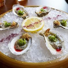 Union Hour Kicks off at 5pm with $1 Oysters! How many will you eat tonight? - @eatatunion- #webstagram