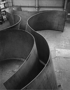 scandinaviancollectors:  RICHARD SERRA, Junction, 2011. Large sculpture on weatherproof steel. © Richard Serra. Courtesy Gagosian Gallery. Photo by Lorenz Kienzle. / Gagosian Gallery