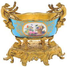 Antique Plates, Art Nouveau Design, Beauty Art, Gold Fashion, Sea Shells, 19th Century, Art Decor, Decorative Bowls, Antiques
