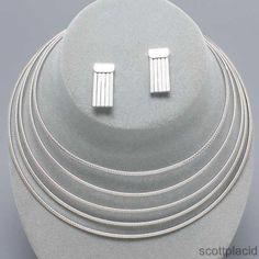 """CHUNKY 1 1/2"""" THICK RHODIUM TONE METAL NECKLACE SET    * If you need a necklace extender I have them for sale in my store.*            NECKLACE: CHOKER                    EARRINGS: POST                       COLOR: RHODIUM TONE  $20.99"""