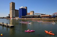Riverworks Regatta 2016, Buffalo, NY: From the Mutual Riverfront Park I headed over to the Buffalo Riverfront Park to check out the status of the 6-pack. Since I had photographs of the original G. L. F. silos and then the Labatt Blue 6-pack, I wanted to see what the upgraded look would be. It turns out I was a bit too early. The old logos were gone but the new ones not up yet. Just a deep blue base ... #buffalony #buffalove #716 #etbtsy #grainelevators
