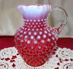 Reasonable Vintage Fenton Opalescent Cranberry Hobnail Squat Pitcher Glass North American