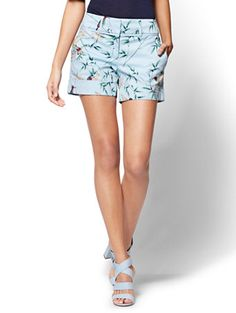 Shop 7th Avenue - 4 Inch Short - Signature - Bird Print. Find your perfect size online at the best price at New York & Company.