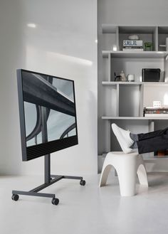 BeoVision Horizon - Looking sharp in everyday situations Hifi Video, Tv Furniture, Bang And Olufsen, Home Cinemas, Consumer Products, Beautiful Interiors, Decoration, Industrial Design, Home Goods