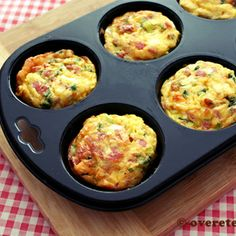 Mini-Omelett-Muffins - New Ideas - New Ideas Mini Quiches, Omelette, Paleo, Good Food, Yummy Food, Eat Lunch, Other Recipes, High Tea, Pepperoni
