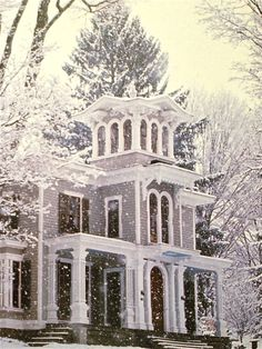 A beautiful Victorian in the winter.