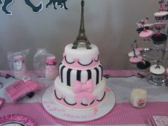 Cake at a Pink poodle in Paris Party #poodle #parispartycake