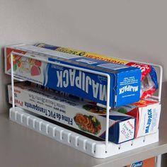 23,00 - Suporte de Embaladores  Suporte ideal para organizar rolos de papel alumínio e filme PVC, podendo ser utilizado também para guardar pacotes de biscoitos.