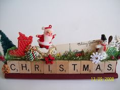 Vintage Christmas Decorating. Want to do this one with my last name above. A must!
