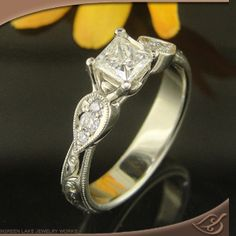 This is just amazing! Antique Style 4-Prong Trellis Mounting from greenlakejewelry.com