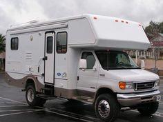 Class C Motorhome - : and Off-Road Forum 4x4 Camper Van, 4x4 Van, Diy Camper, Small Rvs For Sale, Rv For Sale, Overland Truck, Overland Trailer, Off Road Camping, Truck Camping