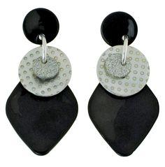 Boucles d'oreilles La Petite Sardine. Bijoux créateurs. En vente en boutique et sur notre site internet : http://www.bijouterie-influences.com/107_La-petite-sardine