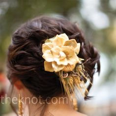 Gold Floral Hairpiece