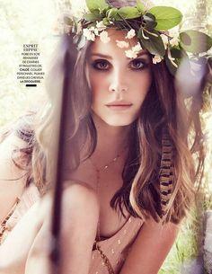 awake-smile:  (via Lana Del Rey in Madame Figaro France 27th June 2014 by James White)