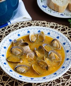 Spanish Kitchen, Low Carb Recipes, Seafood, Fish, Eat, Cooking, Pastel, Recipes, Soups And Stews