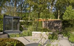 Cloudy Bay Garden in association with Vital Earth by Harry and David Rich