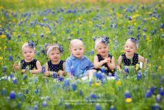 http://www.ellabellaphotos.com/blog/2010/04/bluebonnet-babes-austin-quints-photographer/  cuties!