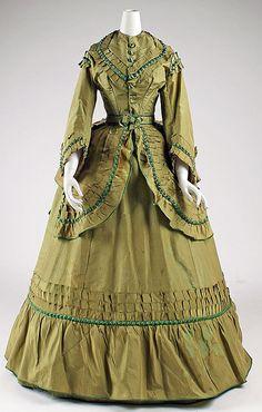 Dress 1868 - 1870