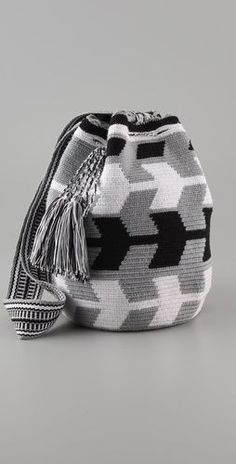 """New Cheap Bags. The location where building and construction meets style, beaded crochet is the act of using beads to decorate crocheted products. """"Crochet"""" is derived fro Crochet Shell Stitch, Bead Crochet, Crochet Handbags, Crochet Purses, Mochila Crochet, Tapestry Crochet Patterns, Tapestry Bag, Boho Bags, Knitted Bags"""