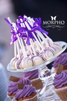 Cake Pops for Candy Bar @MORPHO Fabulous Desserts & Macarons!