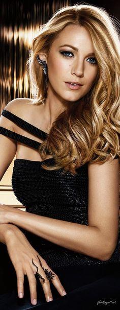 Blake Lively siempre muestra glamour, estilo y un alto estándar ¡Una chica muy it!