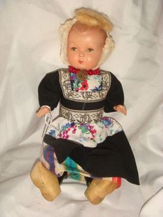 ANTIQUE EUROPEAN BABY DOLL IN ORIGINAL CLOTHES & SHOES, FINE CONDITION  #DollswithClothingAccessories