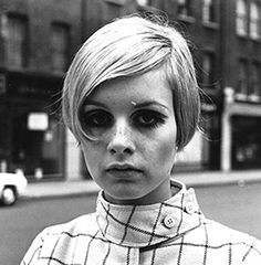 Look it's Twiggy!!! My mom was nicknamed after her way back when. (1960's model, 1970's actress)