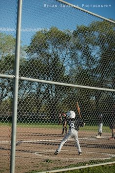 game on: 9 secrets for shooting your child's baseball games photo