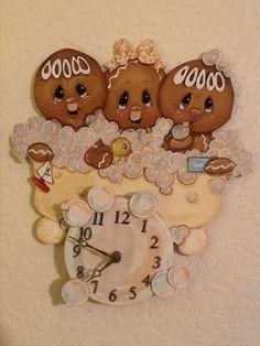 HP GINGERBREAD ~ BUBBLES GALORE CLOCK!!
