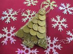 Новогодний магнит «Елочка» из монеток