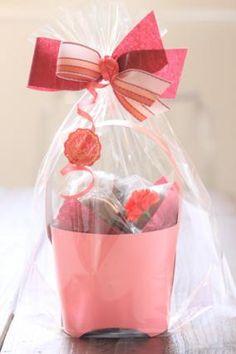 「母の日のラッピング」お菓子教室SweetRibbonが提案する簡単かわいいお菓子ラッピング | お菓子・パンのレシピや作り方【corecle*コレクル】