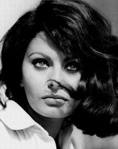 Sophia Loren, a true Neapolitan beauty