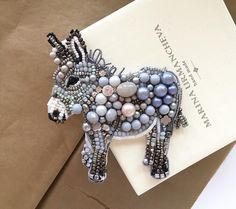 Beaded Animals: je_nny – LiveJournal I needed to show you steps to make a bracelet with natural stone and leather … Bead Embroidery Jewelry, Beaded Embroidery, Embroidery Patterns, Hand Embroidery, Beaded Jewelry, Jewellery, Bead Crafts, Jewelry Crafts, Ornament Crafts
