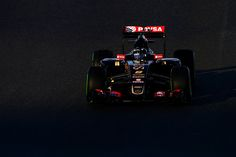 Romain Grosjean of France and Lotus drives during day four of Formula One Winter Testing at Circuito de Jerez on February 4, 2015 in Jerez de la Frontera, Spain