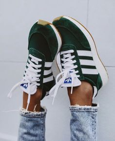 Adidas Shoes OFF!>> Trendy Adidas Sneakers for Women Mode Adidas, Adidas Iniki, Crazy Shoes, Me Too Shoes, Shoes Adidas, Adidas Shoes Green, Addidas Sneakers Women, Adidas Running Shoes, Adidas Women